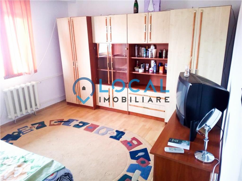 Ap. 2 camere, decomandat, Marasti, zona Farmec